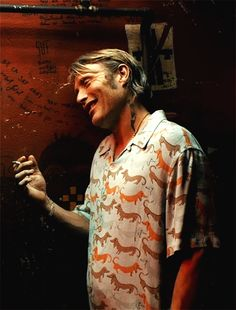Mads was so hot in this movie...but really would any tough guy wear Weiner dogs...