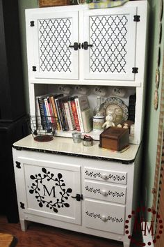 Decorate your furniture with uppercase living vinyl!