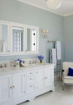 Bath cabinet & heated towel rack