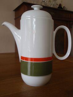 http://www.ebay.de/itm/Kaffekanne-von-Rosenthal-studio-line-/171702529988?pt=DE_Kochen_Geniessen_Gedeckter_Tisch
