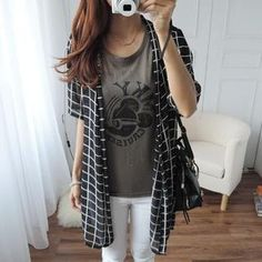 Buy 'CYNTHIA – Short-Sleeve Printed Chiffon Cardigan' with Free International Shipping at YesStyle.com. Browse and shop for thousands of Asian fashion items from Taiwan and more!