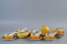 """Serwis """"Dorota"""", proj. Lubomir Tomaszewski, porcelana, 1961, Polish design, polski dizajn, polskie wzornictwo, made in Poland. Pinned by #AdrianWerner"""