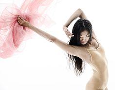"Check out new work on my @Behance portfolio: """"Hanami""Ballet Dance"" http://be.net/gallery/52638417/HanamiBallet-Dance"