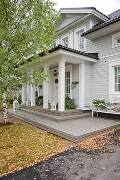 Aurora Outdoor Paint, Updating House, House Exterior, House Paint Exterior, House Design, House Entrance, American Farmhouse, House Designs Exterior, Exterior Paint Colors For House