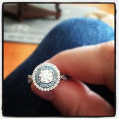 My amazing engagement ring!