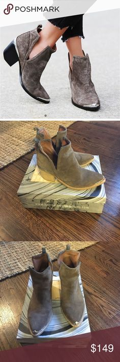 Jeffrey Campbell Hunt for the Plains boots 8.5 Taupe Suede. Jeffrey Campbell Shoes Ankle Boots & Booties