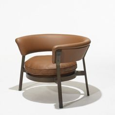 211: Eugenio Gerli P28 lounge chair : Lot 211