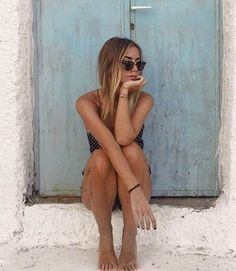 ☆lunavanderkruk-写真のアイデア- - New Ideas Shotting Photo, Poses Photo, Instagram Pose, Cool Pics For Instagram, Instagram Picture Ideas, Beach Instagram Pictures, Instagram Summer, Insta Pictures, Instagram Feed Goals