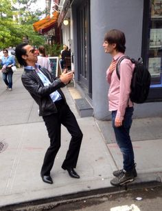 When Nick met Jonny in Soho NYC @nickcave @JnnyG - A Day of History, the reactions from both of them is priceless :)