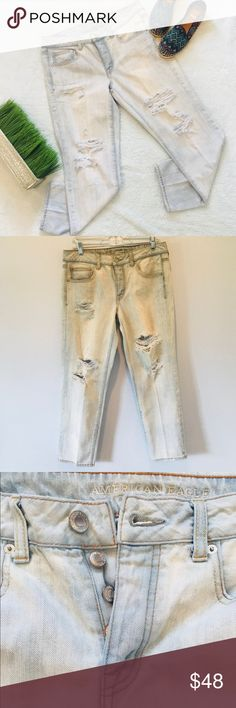 "American eagle distressed boy crop jeans •American Eagle distressed boy crop skinny jeans  •size 8 ••measurements -waist 17.5"" -thigh 12"" -length 36"" -length opening 7"" ••• hello! Before you buy, If you have any question about the product don't hesitate to ask me I'll be more than happy to answer all your question :)  Thanks! American Eagle Outfitters Jeans Boyfriend"