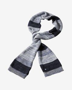 Schal    Schmal geschnittener Schal von ARQUEONAUTAS, der optisch durch die mehrfarbige Gestaltung und das legere Streifen-Muster überzeugt. Dezent abgesetzte Kanten im Rippstrick-Design und ein kleiner Logo-Aufnäher runden das Gesamtbild perfekt ab. Aus 100% Baumwolle....