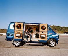 don van 8 Custom Van Interior, Dodge Van, Old School Vans, Panel Truck, Cool Vans, Vintage Vans, Car Drawings, Custom Vans, Kustom