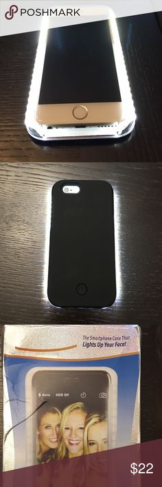✨The smart phone case that lights up your face✨ IPhone 6s LED Light Up Case . Extremely Bright! Perfect for those selfie's, or doing your make up, comes with USB Cord. Bought it for myself but received the wrong size. Accessories Phone Cases