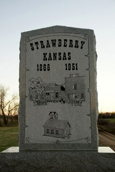 Monument to townsite of Strawberry - western Washinton County