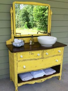 This is the kind of dresser I want for my vanity.