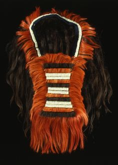 India | Pectoral / chest ornament from the Angami Naga people | 2nd half of the 19th century | Hair, shells, wood and textile.