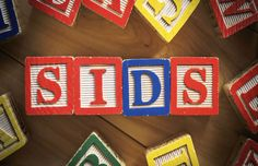 Sudden Infant Death Syndrome Risk Factors, Reduce the Risk of SIDS Sids Awareness, Sleep Solutions, Infant Loss, Black Babies, Parent Resources, Newborn Care, Baby Safe, Happy Baby, Baby Hacks