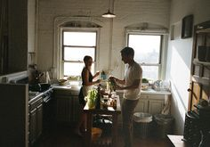 3 Reasons Why Couples Who Cook Together, Stay Together