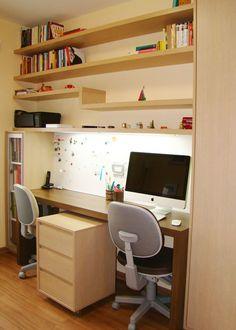 Home office para o casal. Desenhado por Carol Wolfart