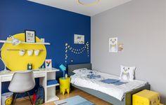 """Chambre """"bleu, gris et jaune"""" pour un jeune garçon réalisée par Delphine Guyart Design"""