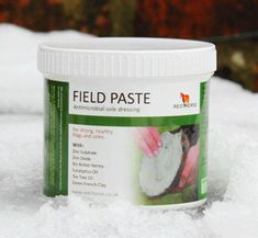 Field Paste is a brilliant antimicrobial anti-thrush paste for horses which are mainly field kept or that have to be turned out on wet or muddy pasture. It has a thick dough-like consistency which offers great 'staying power'. It remains in contact with the affected areas longer than other thrush treatments and is designed to remain in the collateral grooves, central sulcus and on the  sole for the longest possible of time enabling it to have continued effect against microbes.