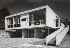 Rose Seidler House, Wahroonga, Sydney by Harry Seidler (1951)