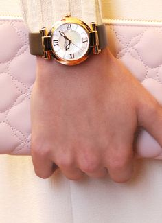 IMPERIALE watches lend women an aura of supreme distinction – and understated sensuality.