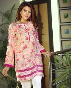 Simple Pakistani Dresses, Pakistani Fashion Casual, Pakistani Dress Design, Pakistani Outfits, Sleeves Designs For Dresses, Dress Neck Designs, Stylish Dress Designs, Designer Party Wear Dresses, Kurti Designs Party Wear