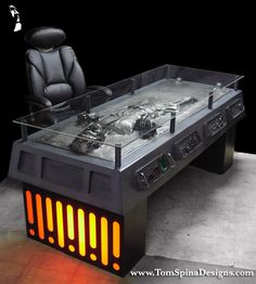 Han Solo in Carbonite Desk