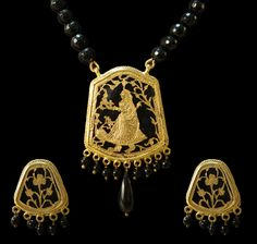 In Search Of    The queen set in black and gold is in search of something. What can it be her king or eternal peace?    Price - $ 218.46
