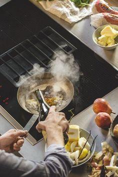 Mit dem Kochfeldabzug von NEFF versperrt kein Dampf mehr die Sicht auf eure Kochkreation.