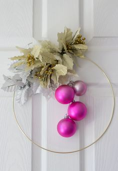 DIY Christmas Wreaths - Dunne with Style - #dunnewithstyle #dwsDIY