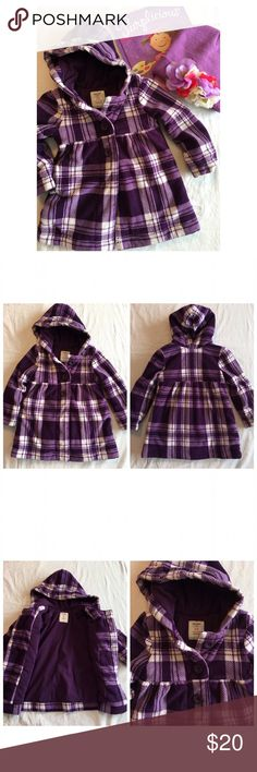 Old navy coat Super cute purple fleece coat from old navy. Polyester filled, it's cozy and warm. Slightly worn, but we've taken very good care of it. Size: 3t Old Navy Jackets & Coats