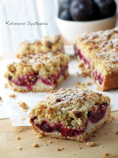 Plum cake with streusel topping - Kruche ciasto ze sliwkami i kruszonka: Kulinarne Spotkania Sweet Recipes, Cake Recipes, Dessert Recipes, No Bake Desserts, Just Desserts, Good Food, Yummy Food, Polish Recipes, Polish Food