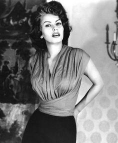 Sophia Loren - (source: miel-rider)