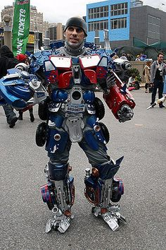 wicked awesome transformer cosplay