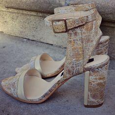 #rosettishowroom #the5thelementshoes #springsummer #blockheels #sandals