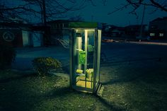 Tanner Almon phonebooth