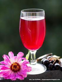 aroniowka z jablkami, aronia, nalewka z aronii i jablek, nalewka aroniowo jablkowa, jablka, owoce, przetwory, nalewka gotowana, jesien, Alcoholic Drinks, Cocktails, Flute, Food And Drink, Cooking, Tableware, Recipes, Syrup, Canning