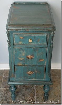 Vintage vanity nightstand painted in Aubusson Annie Sloan Chalk Paint