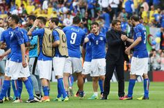 The Italian squad celebrate victory following the UEFA EURO 2016 Group E match between Italy and Sweden at Stadium Municipal on June 17, 2016 in Toulouse, France.