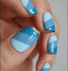 14 Easy Blue Nail Designs 500x525