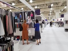 10 Ways to Prepare for Attending a Fashion Trade Show List Of Fabrics, Fashion Trade Shows, Fashion Walk, Fabric Structure, Aesthetic Fashion, Witch Aesthetic, Clothing Logo, Fashion Articles, Business Fashion