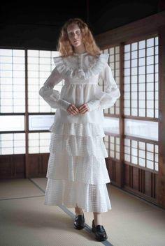 Fashion Details, Fashion Photo, Fashion Art, Fashion Looks, Fashion Outfits, Fashion Design, Minimal Fashion, White Fashion, Spring Fashion