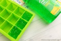 This hack comes in handy when you spend too much time out in the hot summer sun and get a sunburn. Pour some aloe vera in an ice tray, and then place it in the freezer. If you get a sunburn, use a frozen cube of aloe vera to soothe your sunburn. Simple Life Hacks, Useful Life Hacks, Car Cleaning, Cleaning Hacks, Frugal, Ice Cube Trays, Ice Cubes, Ice Tray, Crazy Mom