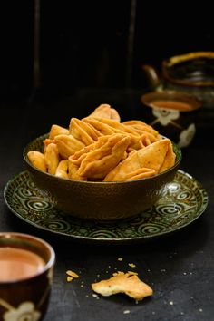 Parti Mathri or Nimki is a famous Indian dry snack which can be made ahead and stored for almost a month in an air tight container.