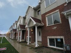 7208 W 83rd #7208                                              , Bridgeview, Il - $219,898 with 4 Beds  and 2.1 Baths...