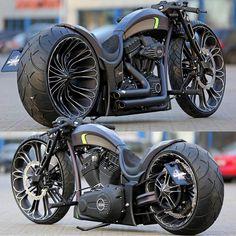 #dazzlingbike for today...    Production-R By @thunderbikecustoms    got your own #dazzlingbike? tag and mention @dazzlingbike dont forget to use #dazzlingbike  tag 3 friends of yours wholl love to drive it   via #boss_bikes  #motor #rodadua #suzuki #honda #kawasaki #yamaha #mesin #love #kawasakiindonesia #yamahaindonesia #hondaindonesia #suzukiindonesia