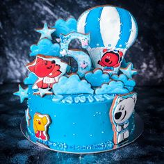 Dubai Cakes & Sweets (@sweet_sunny_stories) • Instagram photos and videos Snow Globes, Dubai, Cake Decorating, Sweets, Cakes, Photo And Video, Decoration, Videos, Photos
