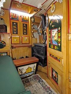 a Boatman's cabin - step doubles as a coal scuttle Narrowboat Interiors, Cabin Interiors, Barge Interior, Best Interior, Canal Boat Art, Canal Boat Interior, Canal Barge, Side Bed, Gypsy
